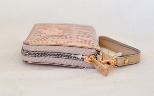f2b5f0cc94e3 Buy michael kors wristlet rose gold   OFF59% Discounted